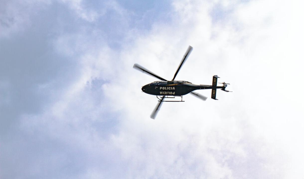 Radiostyrd helikopter och båtar